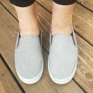 Columbia Shoes - Columbia Vulc N Vent Slip Ons